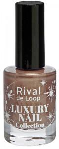 Rival_de_Loop_Luxury_Nail_Collection_Nail_Colour_02_Golden_Guerilla