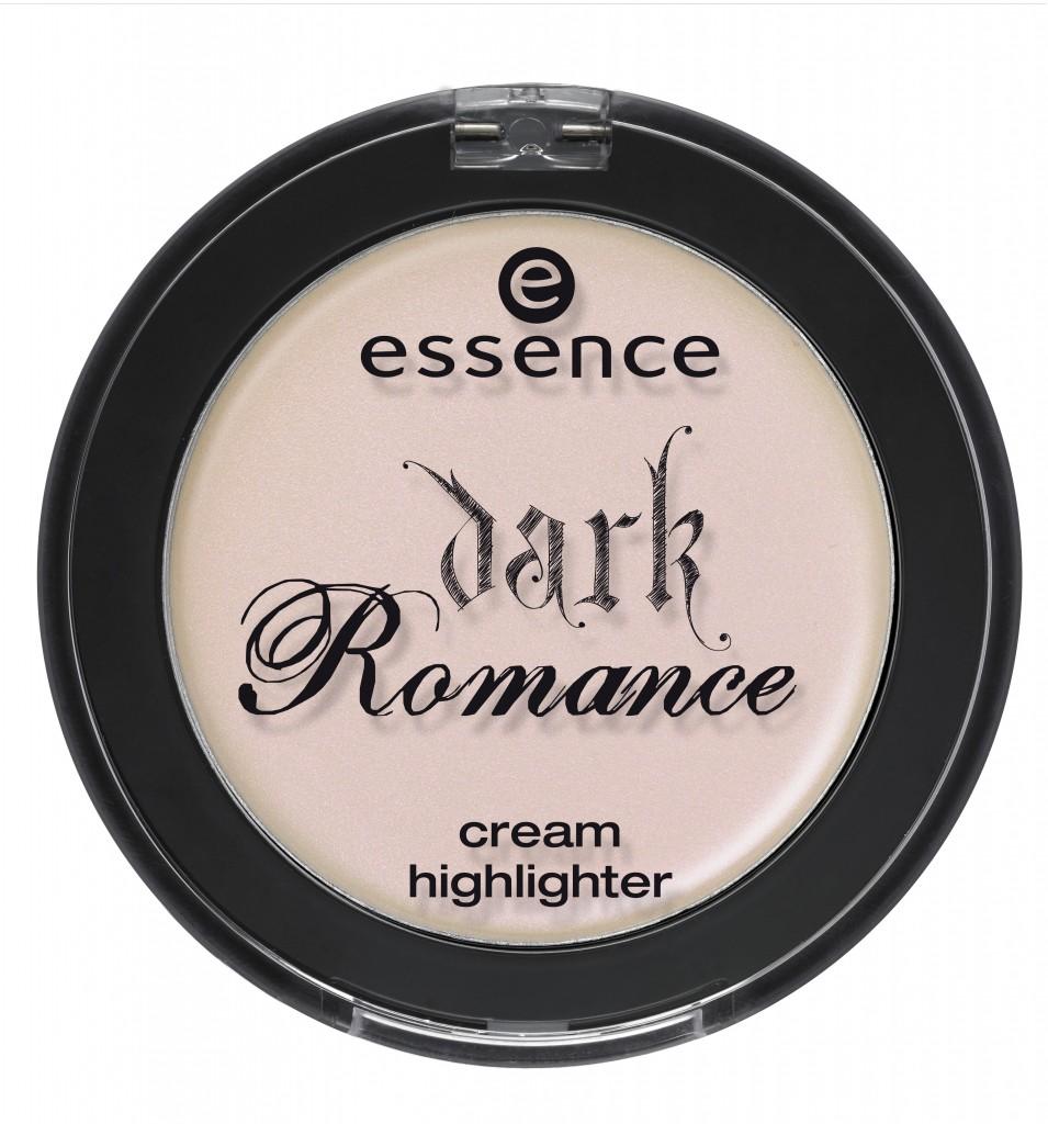 ess Dark Romance Cream Highlighter