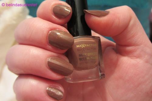 nails_max_factor_max_effect_mini_nail_polish_40_mud_sling05