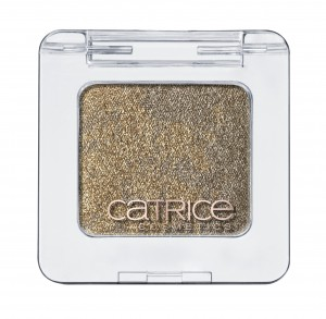 Catrice Metallure Metallic Marbled Eye Shadow
