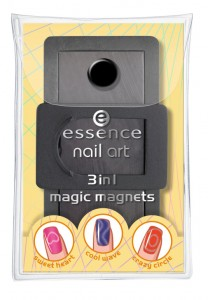essence nail art 3in1 magic magnets 01