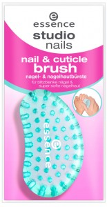essence studio nails nail & cuticle brush