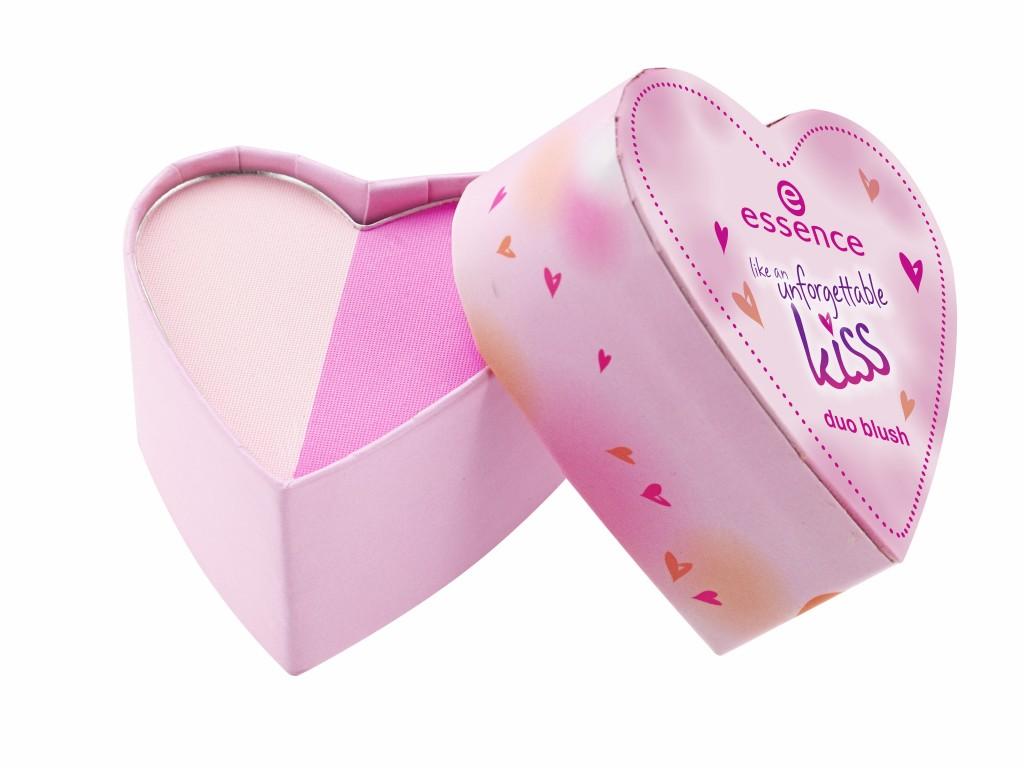 ess_UnforgettableKiss_DuoBlush_#02_pink me.jpg