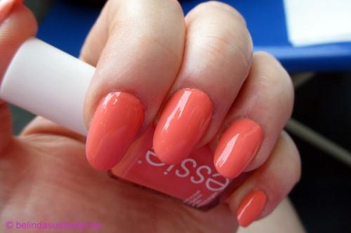 essie_peach_side_babe_03